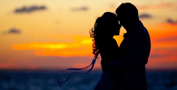 couple-sunset-silhouette-caribbean-beach-wedding